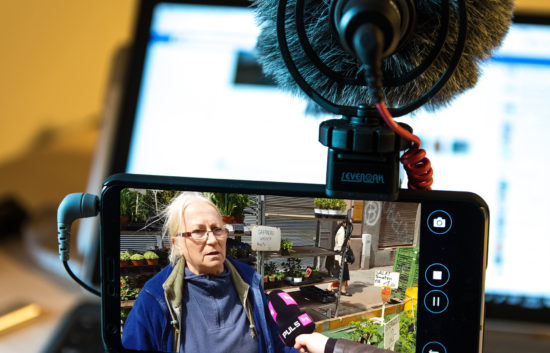 Mobile Reporting Academy PULS4 Symbolbild (Fotomontage)